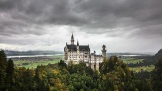 Neuschwanstein: Το κάστρο του «τρελού βασιλιά» που ενέπνευσε τον Walt Disney (Pic+Vid)