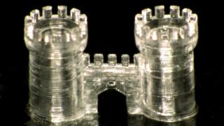 Πρώτη φορά εκτυπώνονται γυάλινα αντικείμενα από τρισδιάστατο εκτυπωτή