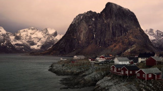 Lofoten: Τα νησιά στον Αρκτικό κύκλο που μνημόνευσε ο Καββαδίας, μέσα από το φακό ενός Έλληνα (Vid)
