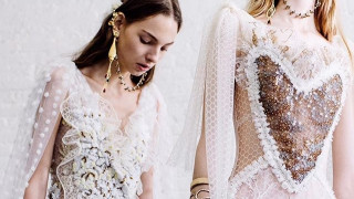 Rodarte: Οι αδελφές της μόδας αποθεώνονται σε Μουσείο