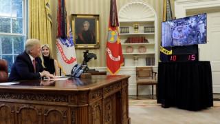 Ο απολαυστικός διάλογος του Τραμπ με Αμερικανούς αστροναύτες (pics&vid)
