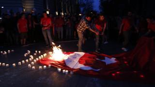 Eπεισόδια και χημικά έξω από το τουρκικό προξενείο στη Θεσσαλονίκη (vids)
