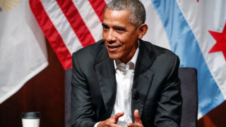 Ομπάμα: «Συνέβη τίποτα κατά την απουσία μου;»
