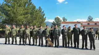 Γιατί βραβεύτηκε αυτός ο στρατιωτικός σκύλος από τις Ένοπλες Δυνάμεις (pics)