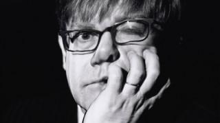 Έλτον Τζον: Εσπευσμένη νοσηλεία με «ασυνήθιστη βακτηριακή λοίμωξη»