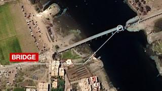 Αποκλειστικό CNNi: Η ζωή στην «πρωτεύουσα» του ISIS