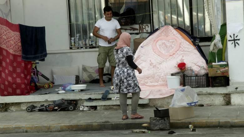 Έκκληση της Διεθνούς Αμνηστίας για τη μετεγκατάσταση προσφύγων από το Ελληνικό (aud)