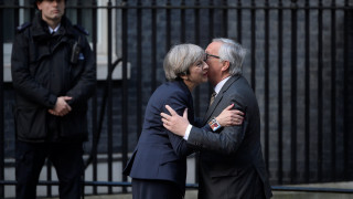 Brexit: Συνάντηση Μέι - Γιούνκερ για τα επόμενα βήματα