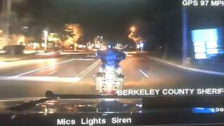 ΗΠΑ: θανατηφόρα καταδίωξη μοτοσικλετιστή από περιπολικό (Vid)