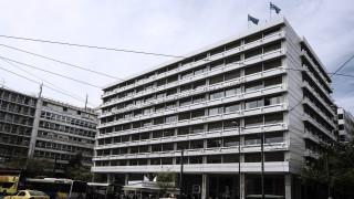 Ανώτατος αξιωματούχος του ΥΠΟΙΚ: Το ΔΝΤ επιμένει σε θέματα που δεν μας αρέσουν