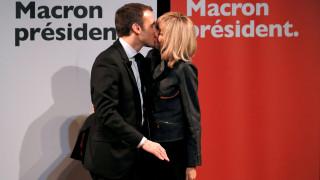 Εμανουέλ - Μπριτζίτ: Ένα ασυνήθιστο love story που γεννήθηκε στις σχολικές αίθουσες (pics)