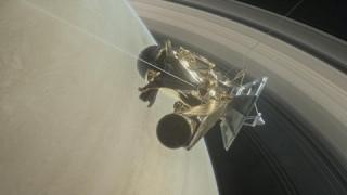 Το Cassini επιβίωσε από την πρώτη του «βουτιά» στον Κρόνο (pics&vid)
