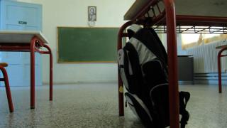 Με το όνειρο της φυγής στο εξωτερικό μεγαλώνουν οι Έλληνες μαθητές