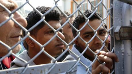 Μυτιλήνη: Διέκοψαν την απεργία πείνας οι Σύροι πρόσφυγες