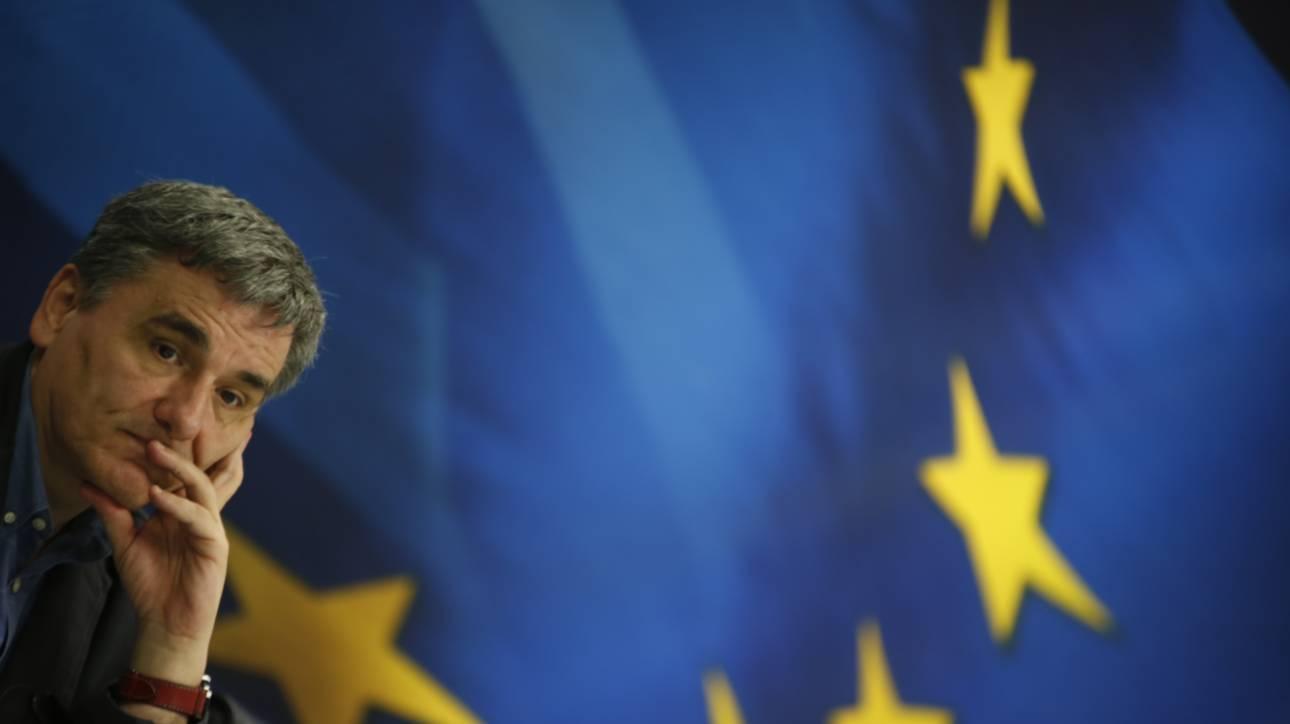 Οι περικοπές συντάξεων παραμένουν το βασικό αγκάθι των διαπραγματεύσεων