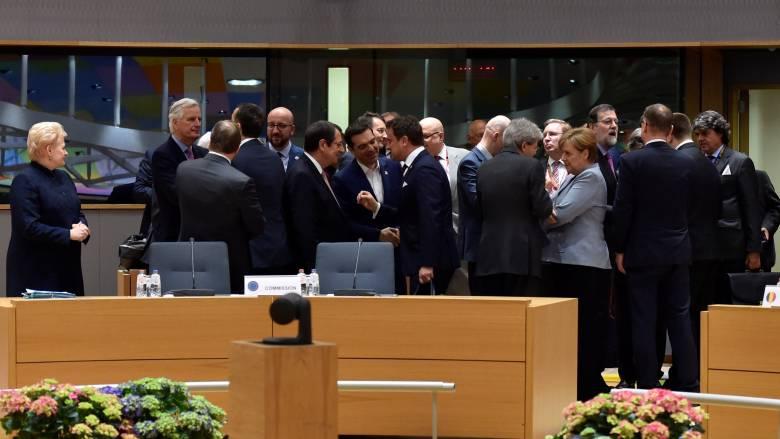 Σύνοδος Κορυφής για το Brexit: Σε κοινή γραμμή διαπραγμάτευσης συμφώνησαν οι 27