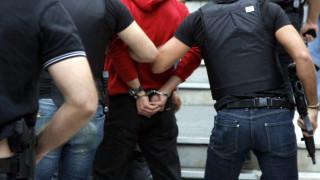 Προσποιήθηκε τον αστυνομικό κι απέσπασε 40.000 ευρώ από ηλικιωμένο