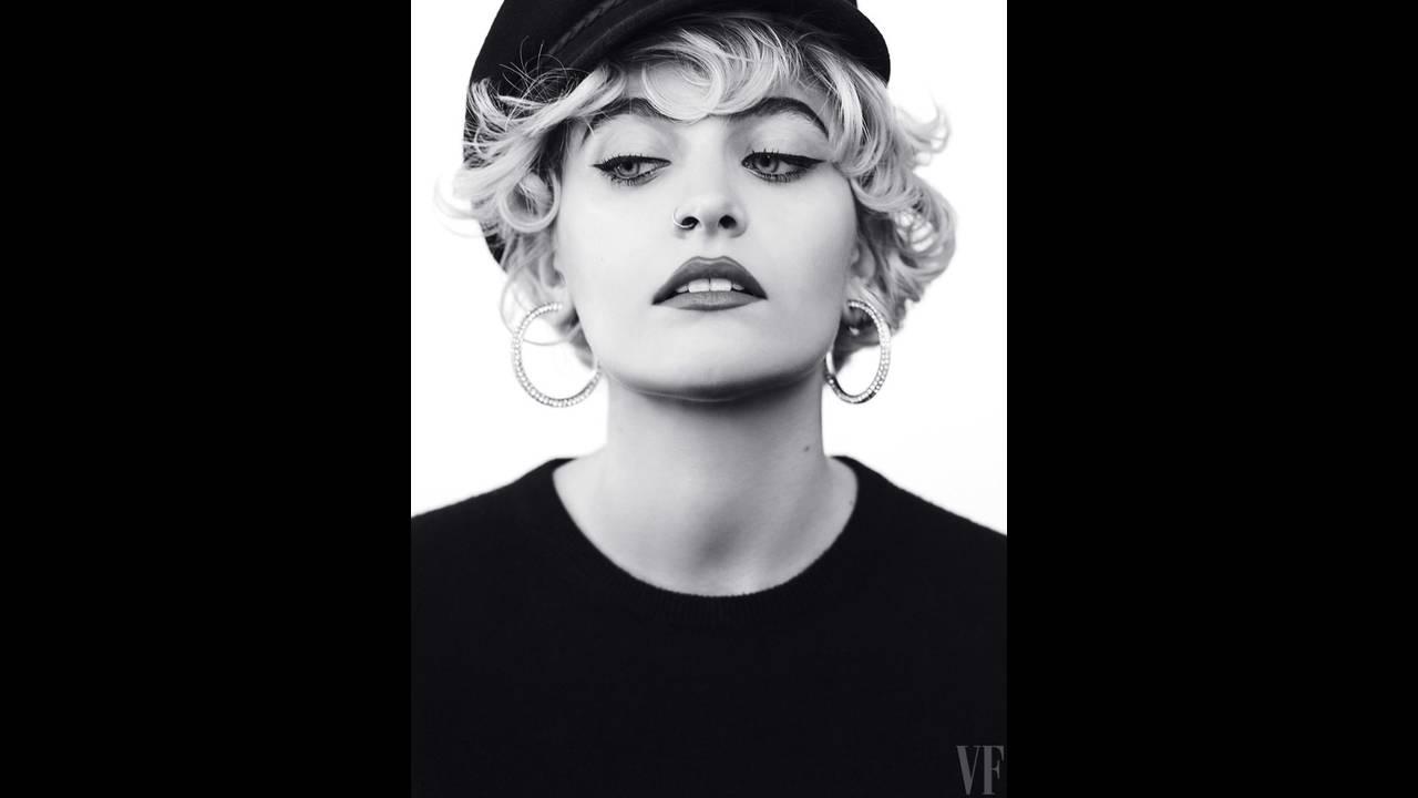 https://cdn.cnngreece.gr/media/news/2017/04/30/78762/photos/snapshot/Paris-Jackson-Vanity-Fair-Magazine-May-2017-Photoshoot02.jpg