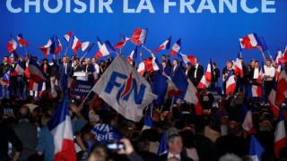 «Οι Γάλλοι θα αγοράζουν την μπαγκέτα τους με φράγκα εάν εκλεγεί η Λεπέν»