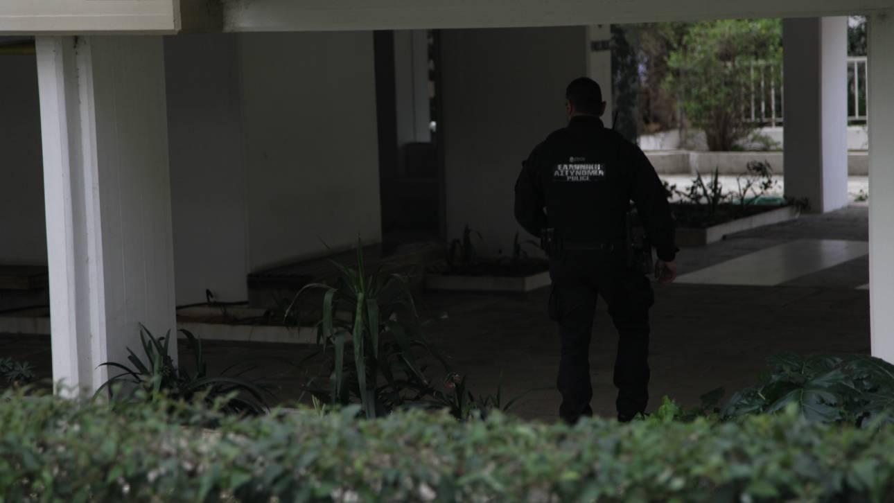 Πάτρα: Έσπασαν τις κάμερες ασφαλείας και λήστεψαν μίνι μάρκετ