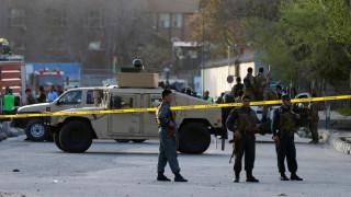 Νεκροί και τραυματίες από επίθεση αυτοκτονίας στην Καμπούλ