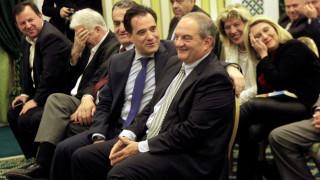 Οι αγκαλιές και τα γέλια του Κώστα Καραμανλή με τον Άδωνι Γεωργιάδη (pics)