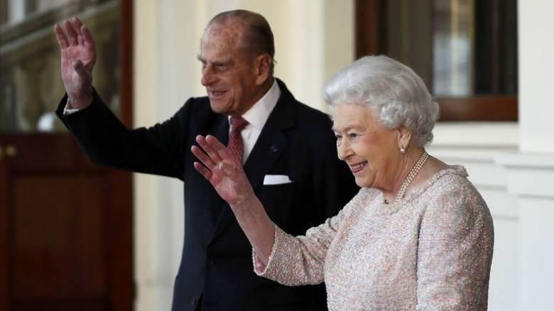 Έκτακτη σύσκεψη στο Μπάκιγχαμ – Φήμες για θάνατο του πρίγκιπα Φίλιππου