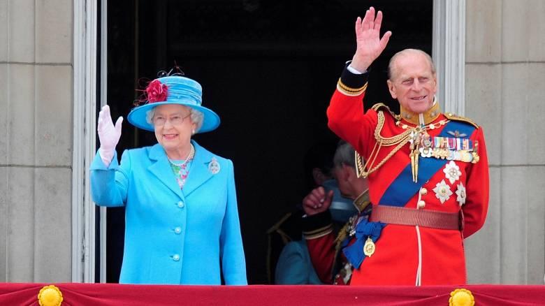 O 95χρονος πρίγκιπας Φίλιππος παραιτείται από τα βασιλικά του καθήκοντα (pics)