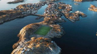 Henningsvær: Το γήπεδο με την καλύτερη θέα στον κόσμο (pic+vid)