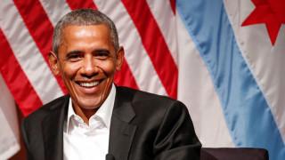 Ο Μπαράκ Ομπάμα στηρίζει την υποψηφιότητα του Εμανουέλ Μακρόν (vid)