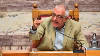 Κακλαμάνης: Άλλα έλεγε ο πρωθυπουργός στη Βουλή κι άλλα τώρα η Παπανάτσιου
