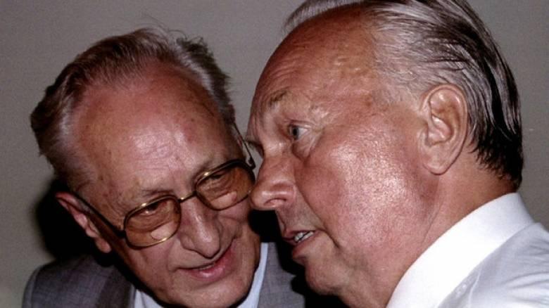 Πέθανε ο τελευταίος υπουργός Άμυνας της Ανατολικής Γερμανίας