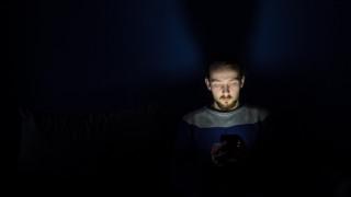 Η αστυνομία προειδοποιεί για το διαδικτυακό φαινόμενο «Μπλε Φάλαινα»