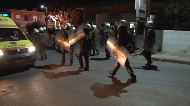 Εκτεταμένα επεισόδια στη Χίο μεταξύ μεταναστών με τραυματίες και προσαγωγές