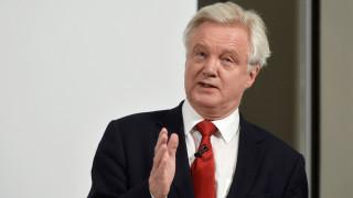 Ο υπουργός του Brexit καταγγέλλει  bullying από την Ε.Ε.
