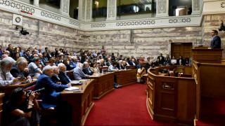 Τα κόμματα της αντιπολίτευσης για την ομιλία Τσίπρα