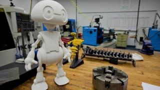 Κινέζοι ερευνητές δημιούργησαν ρομπότ που πιάνει συναισθηματική κουβεντούλα με τους ανθρώπους