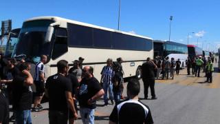 Αυτοκίνητο συγκρούστηκε με λεωφορείο που μετέφερε οπαδούς του ΠΑΟΚ