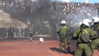 Τελικός Κυπέλλου με τραυματίες, καδρόνια και... τούβλα (pics)