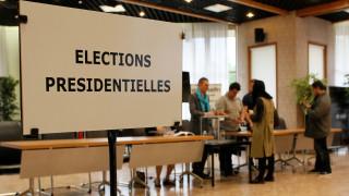 Γαλλικές εκλογές: Άνοιξαν οι κάλπες (pics&vid)