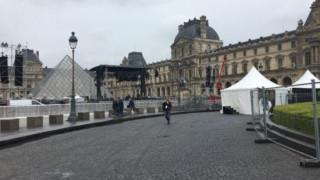 Εκκενώθηκε το μουσείο του Λούβρου για λόγους ασφαλείας (pics&vid)