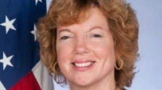 Στόχος να συνεχιστούν οι συνομιλίες για το Κυπριακό δηλώνει η πρέσβειρα των ΗΠΑ
