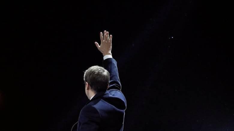 Τα πρωτοσέλιδα του γαλλικού Τύπου για τη νίκη του Εμανουέλ Μακρόν
