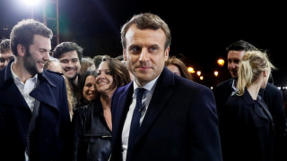 Ικανοποίηση και... ελπίδες από τις Βρυξέλλες για την εκλογή Μακρόν