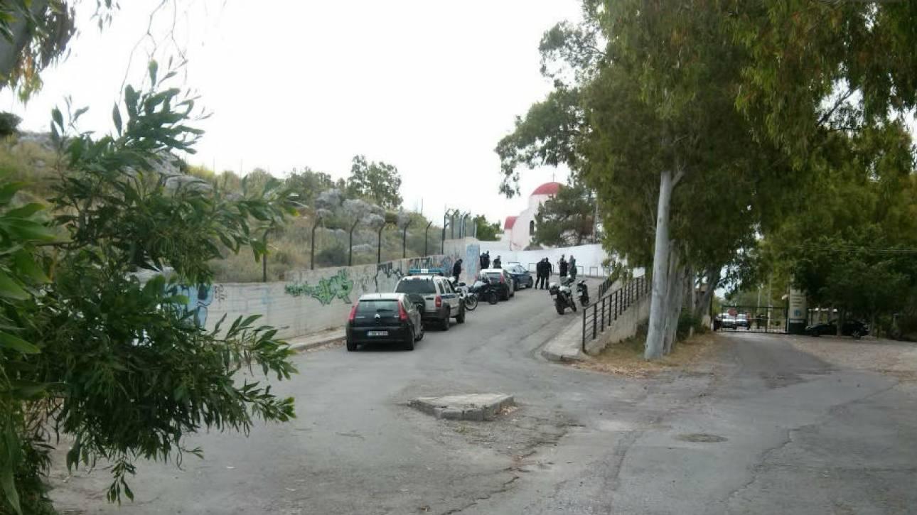 Παραδόθηκε ο περιπτεράς που είχε «ταμπουρωθεί» στον ΟΚΑΝΑ στα Χανιά (pics)