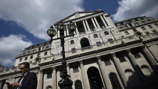 Brexit: Παγκόσμιες τράπεζες ετοιμάζουν «εξαγωγή» 9.000 θέσεων εργασίας από το Λονδίνο