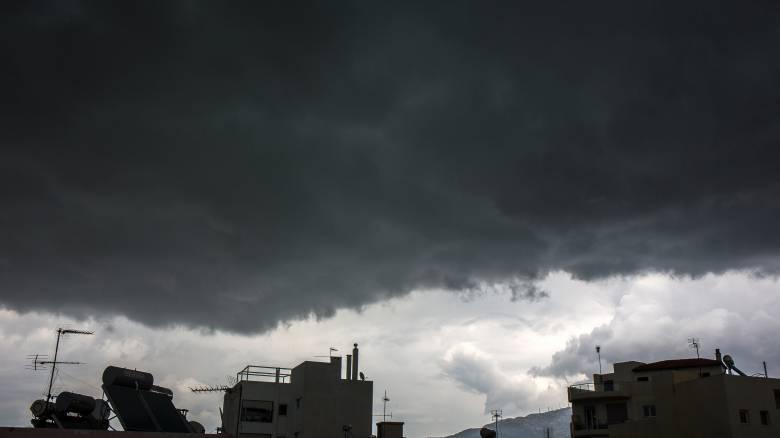 Καιρός: Βροχές και πτώση της θερμοκρασίας