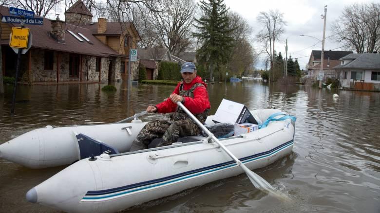 Καναδάς: Πλημμύρες σαρώνουν την χώρα - Ένας νεκρός και ένα κοριτσάκι αγνοείται (pics)