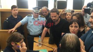 Νέα ένταση σε πλειστηριασμό στη Λουκάρεως - Αποχώρησε η συμβολαιογράφος (pics&vid)