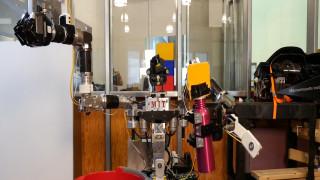 Ρομπότ μαθαίνουν ρομπότ και… ξυπνούν εφιάλτες